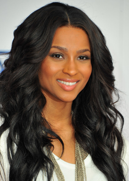 Singer Ciara Beautiful Long Curly Hairstyles 01